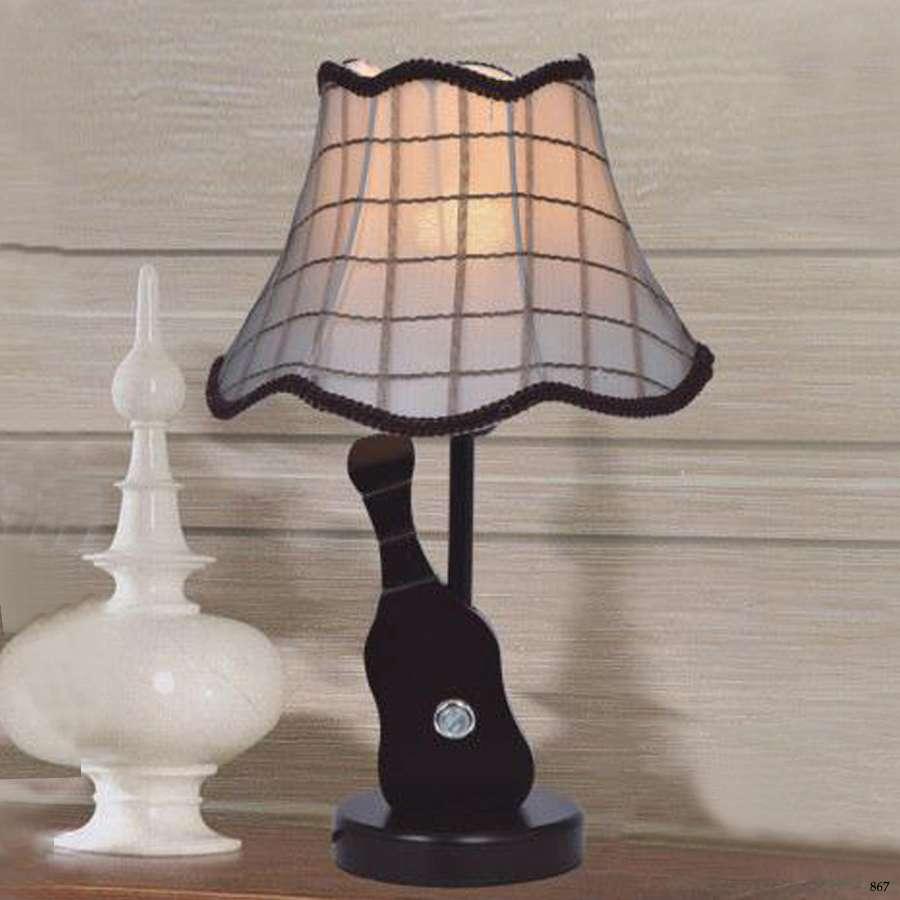 Đèn bàn phòng ngủ cao cấp kiểu dáng hiện đại sang trọng 6101