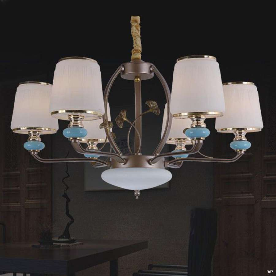 Đèn chùm trang trí mang phong cách Châu Âu đèn bằng hợp kim cao cấp khắc hoa văn và chóa đèn bằng thủy tinh sang trọng 8260/6