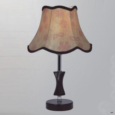Đèn bàn phòng ngủ cao cấp thiết kế họa tiết hoa tuyệt đẹp 8040