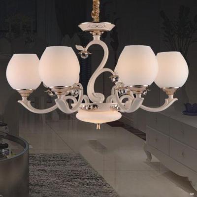 Đèn chùm hiện đại trang trí đèn bằng hợp kim cao cấp kèm họa tiết hoa nổi và chóa đèn bằng thủy tinh sang trọng 831/6