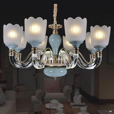 Đèn chùm pha lê mang phong cách hiện đại thân đèn bằng hợp kim chống rỉ cao cấp tay cầm và chao đèn bằng pha lê sang trọng 5889-8