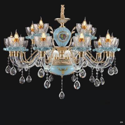 Đèn chùm pha lê nến thiết kế theo phong cách Châu Âu kết hợp nhiều họa tiết tinh tế và đính kèm dây thả pha lê cao cấp sang trọng 8605/10+5
