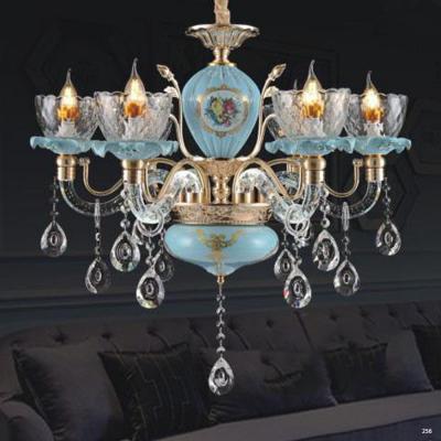 Đèn chùm pha lê nến thiết kế theo phong cách Châu Âu kết hợp nhiều họa tiết tinh tế và đính kèm dây thả pha lê cao cấp sang trọng 8605/6