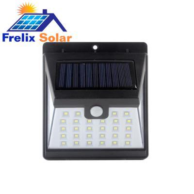 Đèn năng lượng mặt trời gắn cửa FRELIX 40W